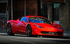 Ferrari 458 Italia -  photo by Chris Wevers