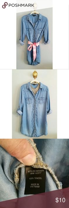 "Chambray Dress Long sleeve button up denim/chambray dress; pockets; Approx 33.5"" length (from shoulder to hem); perfect condition Haute Monde Dresses"