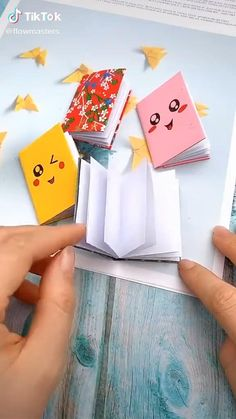 Easy DIY home projects fun for kids and adults that you can try! Dont forget to post a pic if any of you try it! Diy Crafts Hacks, Diy Crafts For Gifts, Creative Crafts, Crafts For Kids, Diy Projects, Easy Crafts, Summer Crafts, Decor Crafts, Cool Paper Crafts