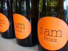Horúci deň najlepšie schladí perlivé víno I AM FRIZZ - frizzante - www.vinopredaj.sk ....  #iamfrizz #frizzante #perlive #sumive #vino #wine #wein #vychladne #aperol #aperol #frizz #bubbles #bublinky #chladene #leto #drink #beverage #summer #inmedio #winebar #milujemevino #drinkwine #pijemevino #sekt