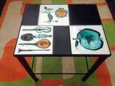 A STYLISH 1960 s RETRO CERAMIC TILED SIDE TABLE - MODERNIST MID-CENTURY MODERN