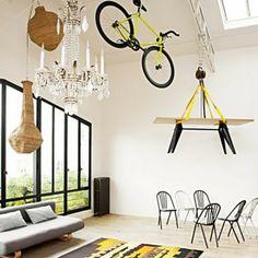 « En décoration, on délaisse bien souvent le plafond au profit du sol et des murs. Pourtant, une fois métamorphosé, il devient un élément de...