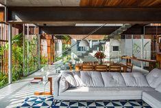The Brazilian firm FGMF Arquitetos – headed by Fernando Forte, Rodrigo Marcondes Ferraz, and Lourenço Gimenes – has revealed its latest residential offering, Cases Mirante. Hidden within a condominium complex in Aldeia da Serra, close to São Paulo, Cas...