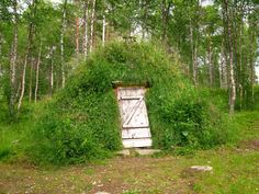 Saami hut in Amarnas, Sweden.Submitted by Charles Gaspar. - I doorway under earth