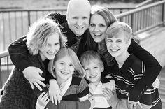 Family Photo Posing Ideas {Older Children}   iHeartFaces.com