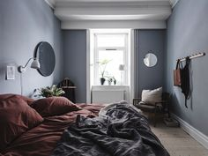 Luxury Rooms: Inspirations & Awesome Photos - Home Fashion Trend Burgundy Bedroom, Blue Bedroom, Bedroom Decor, Dark Cozy Bedroom, Wall Decor, Swedish Bedroom, Scandinavian Bedroom, Gravity Home, Luxury Rooms