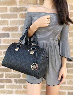 Trendy Purses, Cute Purses, Handbags Michael Kors, Michael Kors Bag, Handbag Stores, Mk Purse, Michael Kors Shoulder Bag, Cute Bags, Michael Kors Hamilton