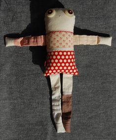 Les triplettes - Rosa 1 - poupée de chiffon aimantée - faite à la main à Montréal - 2014 - Anouk Kouri - disponible à la Boutique Ciconia, Montréal - vendue