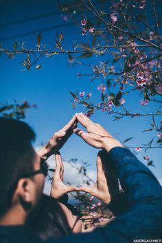 Pre Wedding Poses, Wedding Couple Poses Photography, Pre Wedding Shoot Ideas, Wedding Picture Poses, Couple Photoshoot Poses, Pre Wedding Photoshoot, Couple Shoot, Wedding Couples, Wedding Pictures