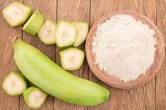 A farinha de banana verde ajuda a emagrecer, previne a diabetes, solta o intestino e ainda combate a depressão.