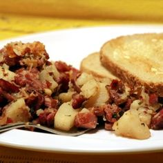 Corned Beef Hash Recipe recipes-i-like-to-try Crock Pot Recipes, Crock Pot Cooking, Slow Cooker Recipes, Crockpot Ideas, Crockpot Dishes, Beef Recipes, Yummy Recipes, Cooking Corned Beef, Corned Beef Hash