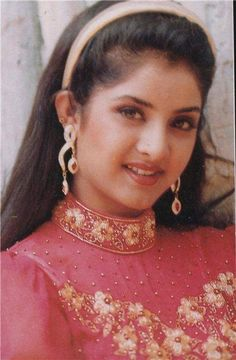 266 Best Divya Bharti Images Fan Page Indian Actresses Bollywood
