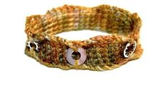I like the use of washers in this crocheted bracelet!