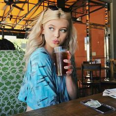 Do you have summer break yet? Small Bff Tattoos, My Beauty, Hair Beauty, Gray Instagram, Instagram Story, Grey Pictures, How To Tie Dye, Loren Gray, Hipster
