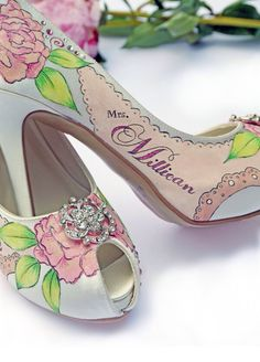 2ed8b4c70b3f5e Amazing and unique hand painted wedding shoes from Le Soulier