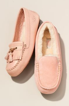 Pastel pink slippers are perfect for Mother's Day.
