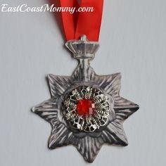 DIY Vampire medallion... from paper!