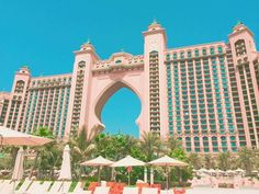 《》My favorite hotel Atlantis I stayed at atlantis when the 17-year-old and 14-year-old! I will go to Dubai after two months! ドバイにある私のお気に入りのホテルアトランティスりっちな五つ星♡14歳と17歳の時泊まったよ〜また今年も行くから楽しみが止まらない! #dubai #hotel #atlantis #palmofjumeriah #5starhotel #travel #travelgram #travelphotography #traveltheworld #beautiful #yolo #favorite #ドバイ #ホテル #アトランティス