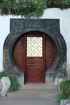 Door, Yuyuan Garden, Shanghai -- via Flickr.
