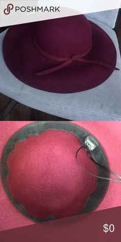 Red floppy hat Beautiful wine coloured wool hat. Great for fall. Adjustable Accessories Hats