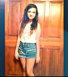 dance moms brooke hyland she can be pretty in letterially every situation!!!sooo pretty