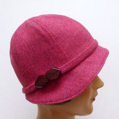 1920s cloche in vibrant rose vintage wool
