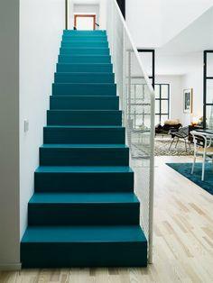 painting stairs | Farbrausch schöner Wohnen – Wohnungsgestaltung mit kräftigen ...