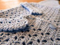 DIY – hæklet baby trøje   Tøse-streger Blanket, Crochet, Diy, Fashion, Moda, Bricolage, Fashion Styles, Ganchillo, Do It Yourself