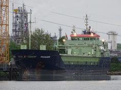 http://koopvaardij.blogspot.nl/2017/05/5-mei-2017-afgemeerd-in-dordrecht-de.html    5 mei 2017 afgemeerd in Dordrecht de PAGADDER de voormalige FLINTERFURY / NORRFURY  Nieuwe naam nu volledig op de boeg