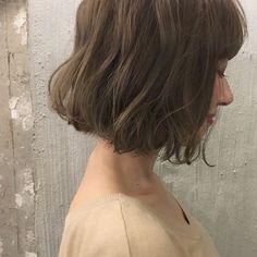 HAIR(ヘアー)はスタイリスト・モデルが発信するヘアスタイルを中心に、トレンド情報が集まるサイトです。20万枚以上のヘアスナップから髪型・ヘアアレンジをチェックしたり、ファッション・メイク・ネイル・恋愛の最新まとめが見つかります。 Cut Her Hair, Love Hair, Hair Cuts, Hairdo Wedding, Short Wedding Hair, Permed Hairstyles, Pretty Hairstyles, Medium Hair Styles, Curly Hair Styles