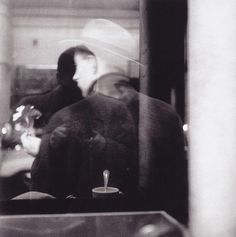 Kemper Boyd says - last-picture-show: Saul Leiter, Self Portrait,. Saul Leiter, Film Photography, Street Photography, Landscape Photography, Inspiring Photography, The Dark Side, New York School, Black White, Photos