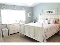 Lovely vintage shabby chic room