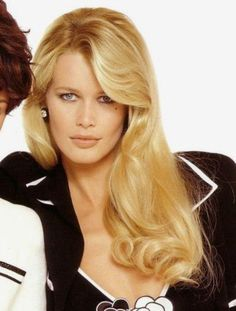 90s Hairstyles, Celebrity Hairstyles, Straight Hairstyles, Claudia Schiffer, Divas, Celebrity Hair Colors, Original Supermodels, 90s Models, Diane Kruger