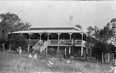 Queenslander - wrap around verandah