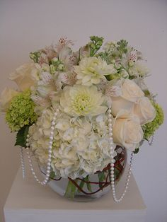 white and ivory centerpiece