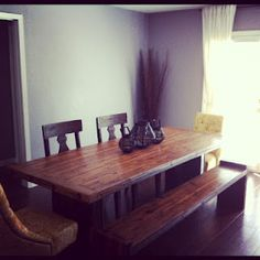 The reclaimed dining room table we build (kind of), for less than $1000!
