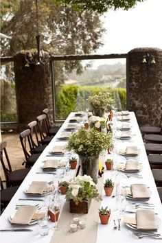 Rustic outdoor #dining area. Love it!