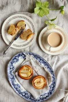 brown butter apple and nutmeg cakes