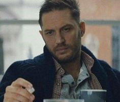 Tom Hardy Sky Mobile Advert