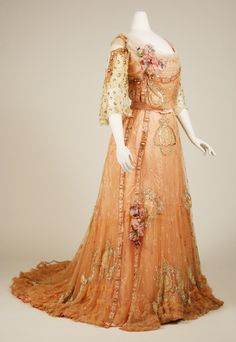 Ball Gown: ca. 1900-1903, French, silk.
