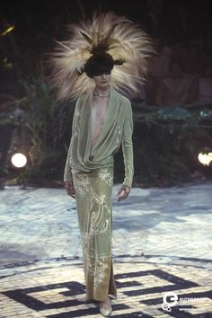 Alexander McQueen for Givenchy Couture Autumn-Winter 1998