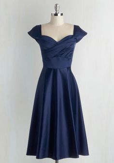 1940s classic dress. Pine All Mine Dress in Midnight $179.99 AT vintagedancer.com