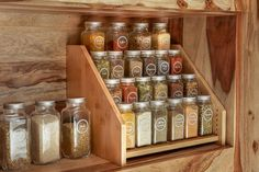 Organize your kitchen spice rack or spice cabinet into a space efficient and uniform looking way with our sets of French style glass spice jars with stylish spice labels SpiceLuxe! Pantry Shelf Organizer, Spice Organization, Bathroom Organization, Organizing, Easy Home Decor, Cheap Home Decor, Kitchen Spice Racks, Diy Spice Rack, Spice Holder
