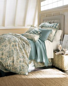layers Traditional Bed Pillows, Traditional House, Damask Bedding, Linen Bedding, Bed Linens, Cream Bedding, Custom Bedding, Bedding Sets, Home