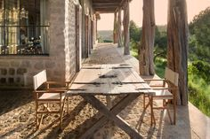 〚 Stunning lodge in a nature reserve in Kenya 〛 ◾ Photos ◾Ideas◾ Design Nature Reserve, Next At Home, Luxury Villa, Beautiful Interiors, Outdoor Furniture, Outdoor Decor, Lodges, Architecture Details, Kenya