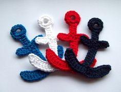 Patches – Anchor, crocheted – a unique product by Blumenland on DaWanda Crochet Gifts, Cute Crochet, Crochet Motif, Crochet Flowers, Crochet Toys, Crochet Stitches, Knit Crochet, Crochet Patterns, Crochet Appliques