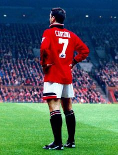 Eric Cantona, Manchester United FC - best player ever to grace the United crest in my lifetime. Ronaldo was great, but became greater at Real. King Eric is the one for me. Eric Cantona, Manchester United Fans, Soccer Stars, Sports Stars, Tottenham Hotspur, Premier League, Pogba, World Cup, Heroes
