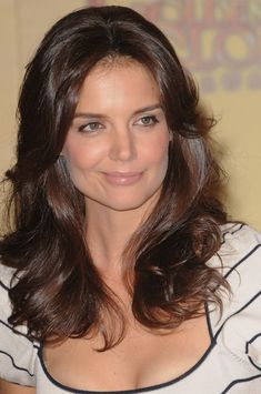 Katie Holmes gorgeous, wavy hairstyle LOVE!! This is so Charlie's Angels style