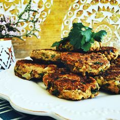 These tuna cakes are made without eggs and are gluten, wheat and nut free.  Quick and easy to make and perfect for lunch boxes.