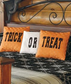 Download a free iron-on transfer pattern for tricked-out Halloween pillows. Click on the image to download instructions. Or, see more projects and downloads here: http://www.countrysampler.com/decorating/project-downloads&source=pinterest